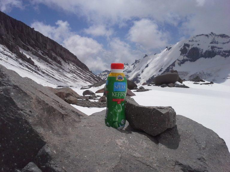 PIENA SPĒKS kefīrs pabijis 4450m virs jūras līmeņa!